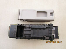 08 - 13 TOYOTA HIGHLANDER SE LIMITED CONSOLE COMPARTMENT BOX SECOND ROW SEAT