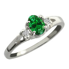 0.73 Ct Oval Green Simulated Emerald 925 Sterling Silver Ring