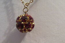 VIN. SINGLE ROUND MULTI  RED STONE BALL STYLE GOLDTONE CHOKER STYLE NECKLACE