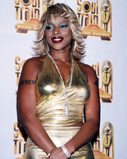 MARY J. BLIGE CANDID GOLD DRESS PHOTO OR POSTER