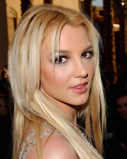 BRITNEY SPEARS BEAUTIFUL HEAD SHOT CLOSE UP PHOTO OR POSTER
