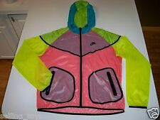 586529 New w tag Nike Women Windrunner HYPERFUSE Multi-colored Running Jacket