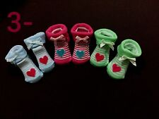NEW 3 PAIR  BABY  GIRL SOCKS SHOES ,NEWBORN ,0-6 MONTHS
