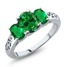 2.90 Ct Oval Green Simulated Emerald Green Simulated Emerald 18K White Gold Ring