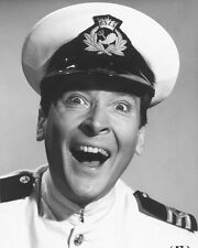 KENNETH WILLIAMS CARRY ON CRUISING B&W PHOTO OR POSTER