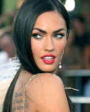 MEGAN FOX LOOKING OVER SHOULDER PHOTO OR POSTER