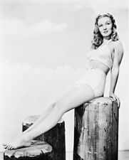 VERONICA LAKE SEXY B&W LEGGY PIN UP PHOTO OR POSTER