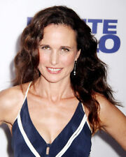 ANDIE MACDOWELL CANDID SMILING PORTRAIT PHOTO OR POSTER