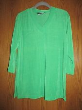 Slinky Brand 3/4 sleeve V-neck tunic top - Small