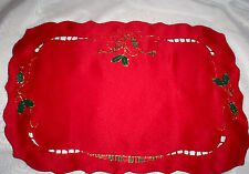 Lenox Holiday Nouveau Cutwork Christmas 100% Polyester Fabric Placemats Oval Red