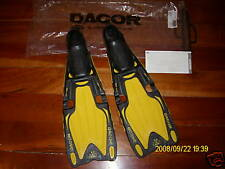 NEW Dacor DXD Mares FINS swim Scuba Snorkeling Dive Medium USA  EU 40