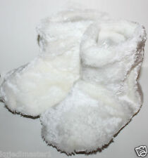 baby Gap NWT Girls Boys 7 8 9 10 11 M L XL Ivory Fuzzy Furry Bear Paw Slippers