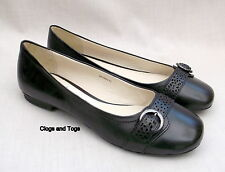 NEW CLARKS DIEGO WOMENS BLACK LEATHER SHOES PUMPS SIZE 8 / 42