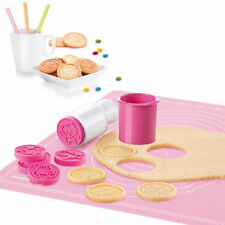 6Pcs Christmas Cookie Stamp Biscuit Mold Cookie Plunger Cutter DIY Baking Mould