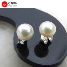 SALE Tiny 5 to 6mm Natural White Freshwater flat Round Pearl stud Earring-ear281