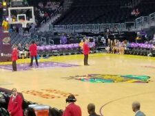 (2) LA LAKERS v MINNESOTA TIMBERWOLVES Tickets *4/6/18* ===LAKERS TUNNEL BENCH==