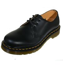 Dr.Martens 3-Hole Docs Classic Low Shoe Smooth Black 1461 with Seam