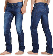 DIESEL IAKOP Herren Jeans Regular Slim Fit Tapered 0800Z 0815K versch.Waschungen