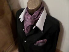 MENS CRAVAT/SCARF AND MATCHING HANKERCHIEF