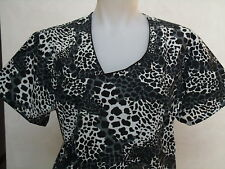 XS S M L XL 2XL BLACK PEWTER CREAM ANIMAL SKIN CHEETAH PRINT MOCKWRAP SCRUB TOP