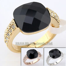 A1-R064 Fashion Solitaire Simulated Onyx Ring 18KGP Crystal