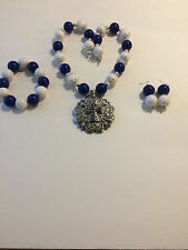 Navy, White and Silver Tone Chunky Bubblegum Western Necklace Set with Cross