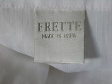 FRETTE BED SET INCLUDING TWO QUEEN FLAT SHEETS, TWO QUEEN PILLOW CASES NEW