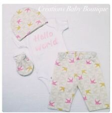 BABY GIRL HELLO WORLD OUTFIT , NEWBORN OUTFIT, BABY FIRST OUTFIT, BABY CLOTHES
