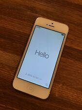 Apple iPhone 5 - 16GB - White & Silver (Unlocked) Smartphone bundle