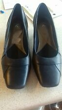 Ladies Clarkes blue leather Shoes size 4  excellent condition.Work/ home