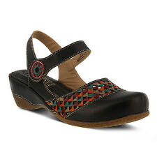 New In Box Womens L'Artiste AMOUR-B Black Slingback Closed Toe Leather Sandals