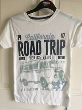 BNWT Dunnes T-Shirt. Boys. White. Age 8 - 13 Years. Campervan