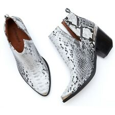 JEFFREY CAMPBELL CROMWELL BLACK WHITE SNAKE LEATHER POINTED WESTERN BOOTIE