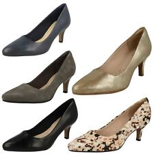 Ladies Clarks Court Shoes Isidora Faye