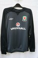 BNWT UMBRO RETRO BLACK WALES WELSH CYMRU FOOTBALL TRAINING SHIRT RRP £29 AT £15