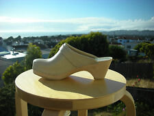 Authentic Swedish wood  Clogs by Maguba Beige leather