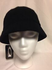 August  Womens Knit Cloche Hat One Size  #16326  Black  NWT