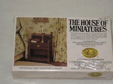The House Of Miniatures - Chippendale Night Stand / Circa 1750-1790 - Doll House