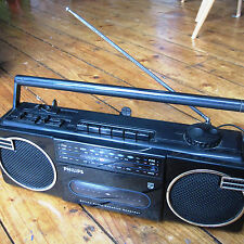 Vintage ghettoblaster - Phillips ghetto blaster ...