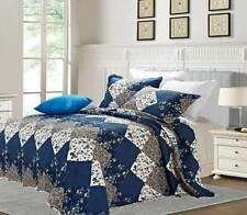 Beautiful Floral Vintage Patchwork Quilted Bedspread / Throw plus 2 Pillow Shams