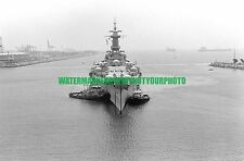USN  USS MISSOURI BB-63 Black n White Photo Military  USS SACO  YTB 796 1984