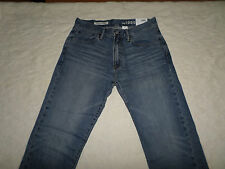 GAP 1969 JEANS MENS RELAXED SIZE 31X32 LIGHT BLUE ZIP FLY NEW WITH TAGS