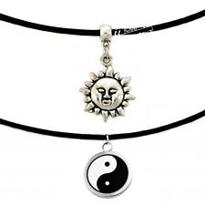 VINTAGE BLACK CHINESE YING YANG FENG SHUI PEACE SUN CHARM ON A CHOKER NECKLACE