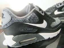 JUNIOR BOYS / GIRLS  NIKE AIR MAX 90 GS TRAINERS UK SIZE  3 - 6    ( 0 0 5 )