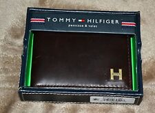 NWT $48 Tommy Hilfiger 914895 Bifold Passcase Billfold Leather Wallet Brown