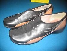 Women's nine west black and tan leather shoes sz 7.5M