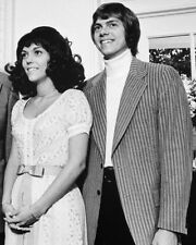 The Carpenters Portrait Karen & Richard Candid Pose 8x10 Photo(20x25cm)
