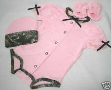 PINK & MOSSY OAK CAMOUFLAGE BABY INFANT DIAPER SHIRT 3 PIECE GIFT SET