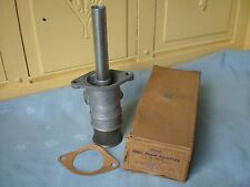 1935-1948 FORD, 1939-1948 MERCURY FUEL PUMP ADAPTER  #48-9415  NORS