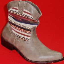 NEW Women's UNIONBAY MARILYN Brown/Multi  Pull On Ankle Heel Fashion Dress Boots